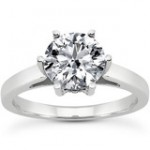 Diamond Round Solitaire